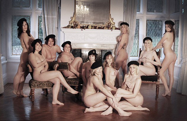 Постели порно женщины обсуждают как они снимались голыми секс пикап эриком