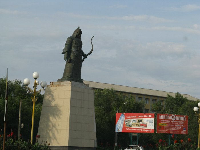 Памятники элисты о Коломна изготовление памятников в брест донскойов   штык